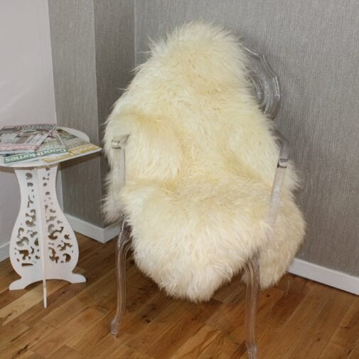 XL Curly Leicester Ivory Sheepskin Rug CL130