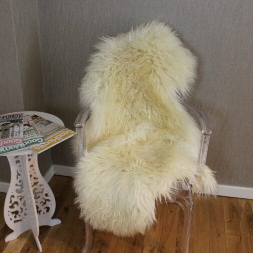 XL Curly Leicester Ivory Sheepskin Rug CL137