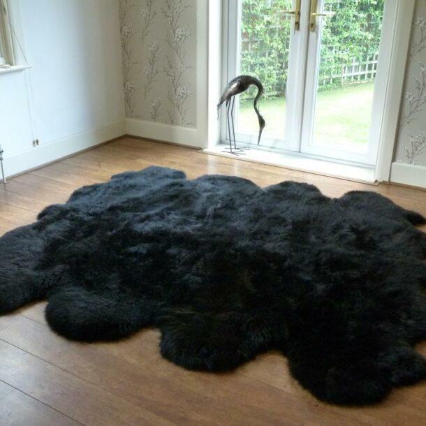 Sheepskin Rug Octo Black