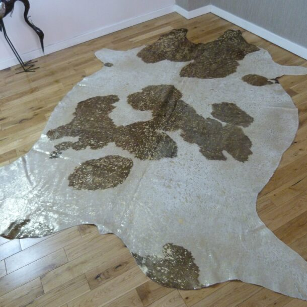 Brown and White – Gold Metallic Cowhide Rug CM171