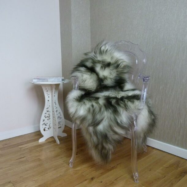 Icelandic Sheepskin Rug Dark Tops