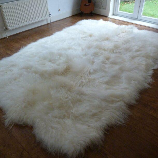XL Natural Icelandic Sheepskin Rug Ivory White 12 Skin