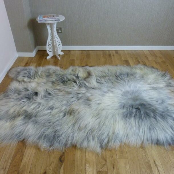 Natural Grey Icelandic Sheepskin 4 Skin Grey ING4S42