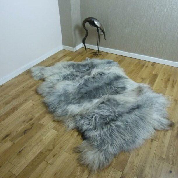 Natural Grey Icelandic Sheepskin Rug 3 Skin ING3S08