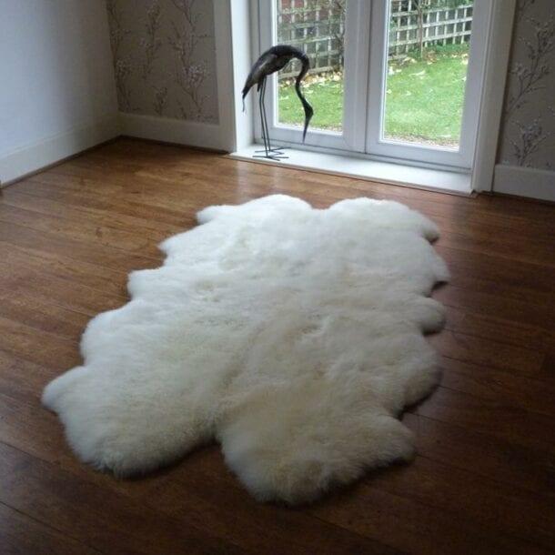 Sheepskin Rug Quad Ivory