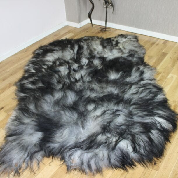 Natural Grey Icelandic Sheepskin 4 Skin Grey ING4S47